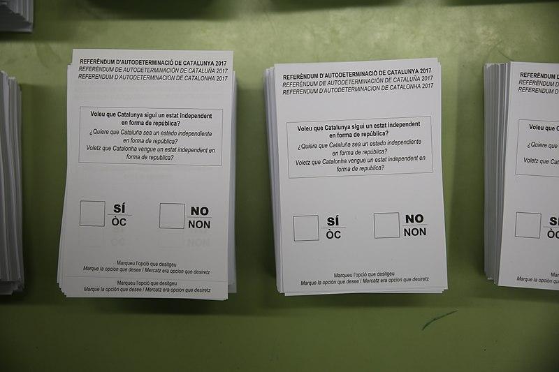 800px-01.10.2017_Referendum_1-OCT_(2).jpg