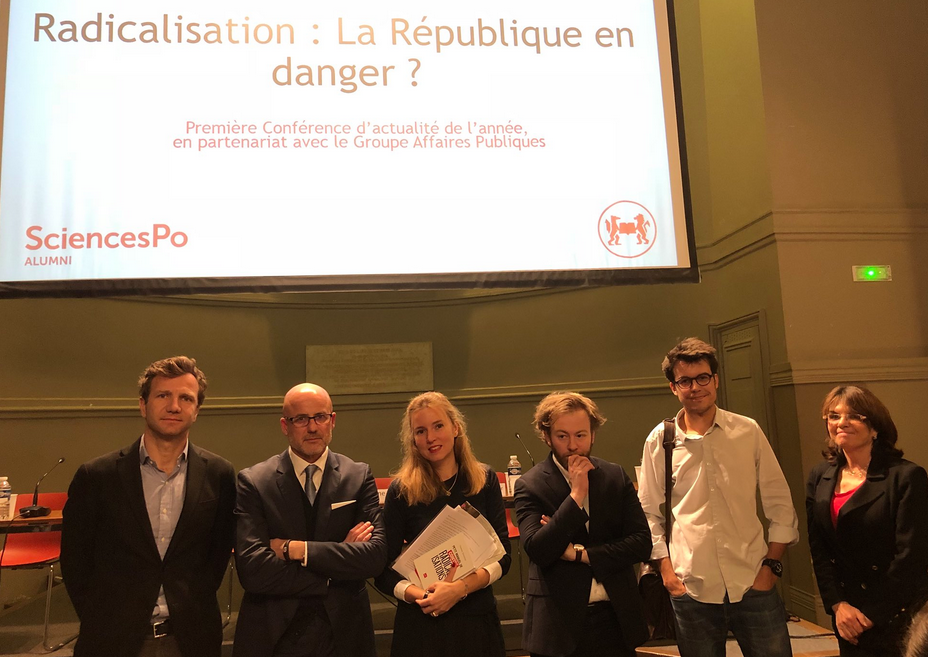 De gauche à droite : Thomas Bouvatier, Pierre Martinet, Anne-Sophie Beauvais, Antoine Vey, Marc Leplongeon et Nathalie Goulet