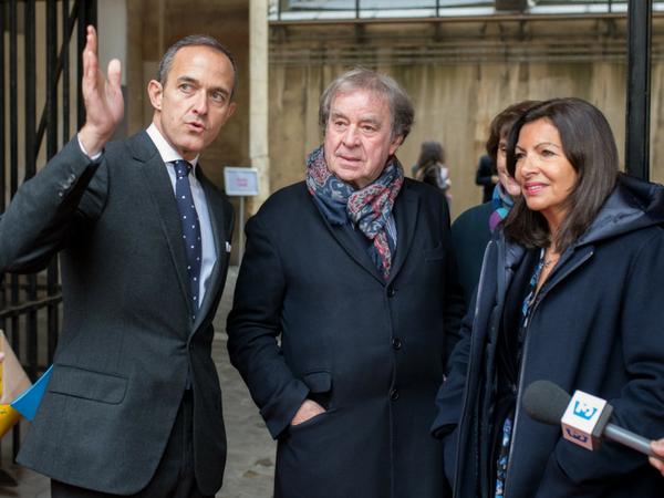 Frédéric Mion,Jean-Michel Wilmotte et Anne Hidalgo le 11 janvier 2018,lors de la présentation du projet architectural à l'Artillerie. (Photo : Martin Argyroglo - Sciences Po)