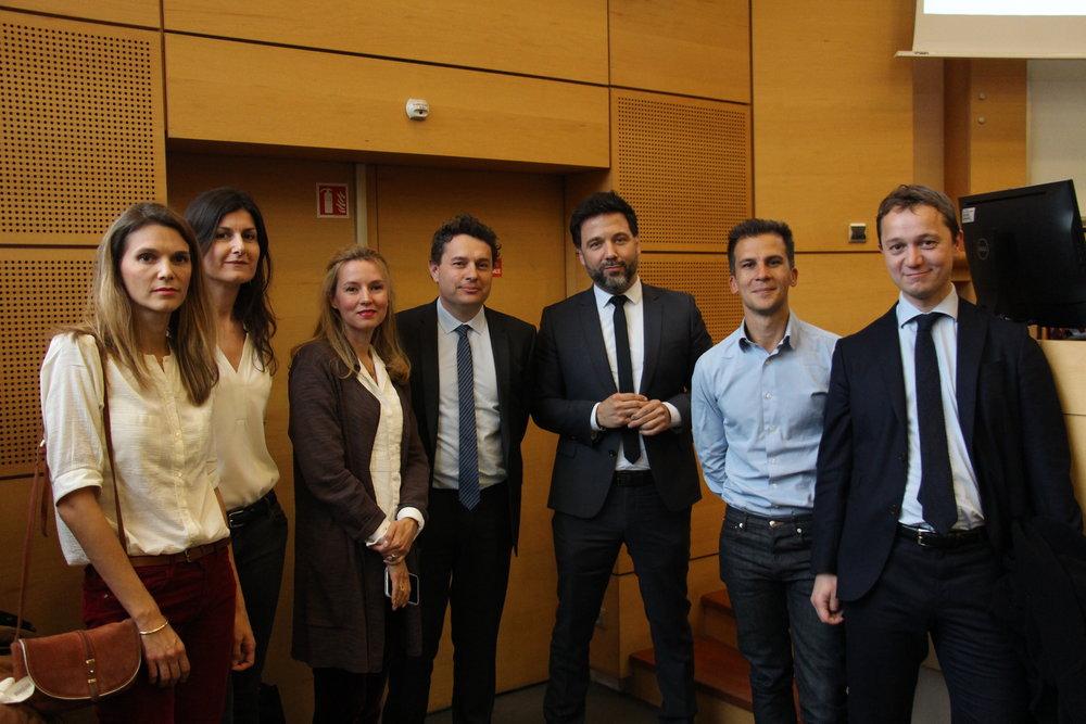 De gauche à droite : Cécile Calla, Adélaïde Zulfikarpasic, Anne-Sophie Beauvais, Éric Lejoindre, Hugues Renson, Gaspard Gantzer et Maël de Calan