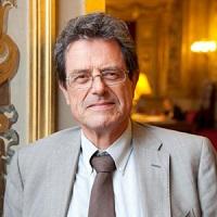 Alain Milion , Président de la commission des affaires sociales du Sénat et ex-rapporteur de la loi de bioéthique de 2011