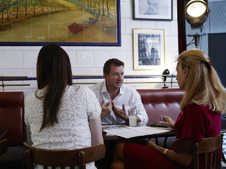 Yannick Jadot interviewé par  Émile  - Crédits photo : Aglaé Bory