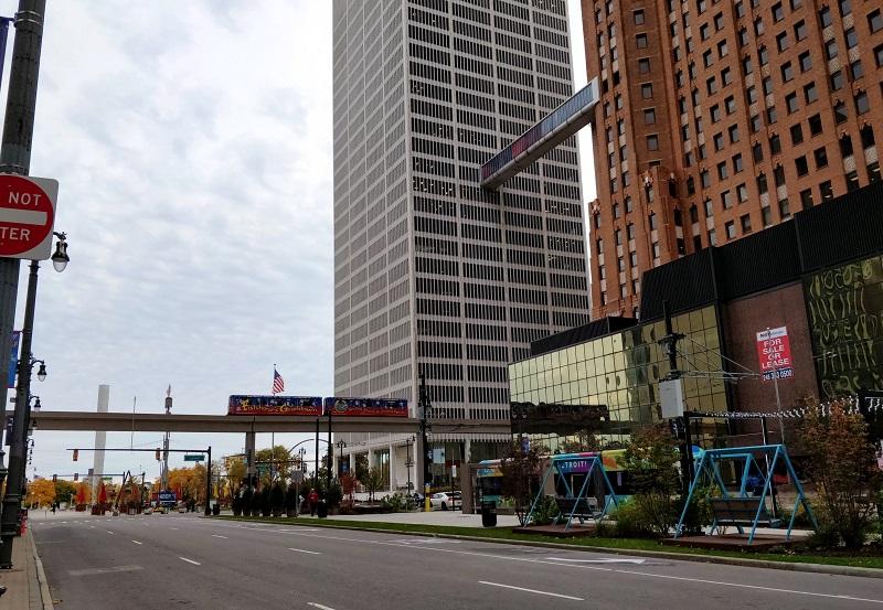 Downtown Detroit. © Laurence Bekk-Day