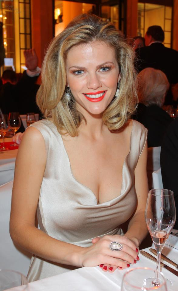 BROOKLYN DECKER in Jordan Alexander