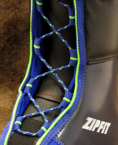 gara2009-lacing.jpg