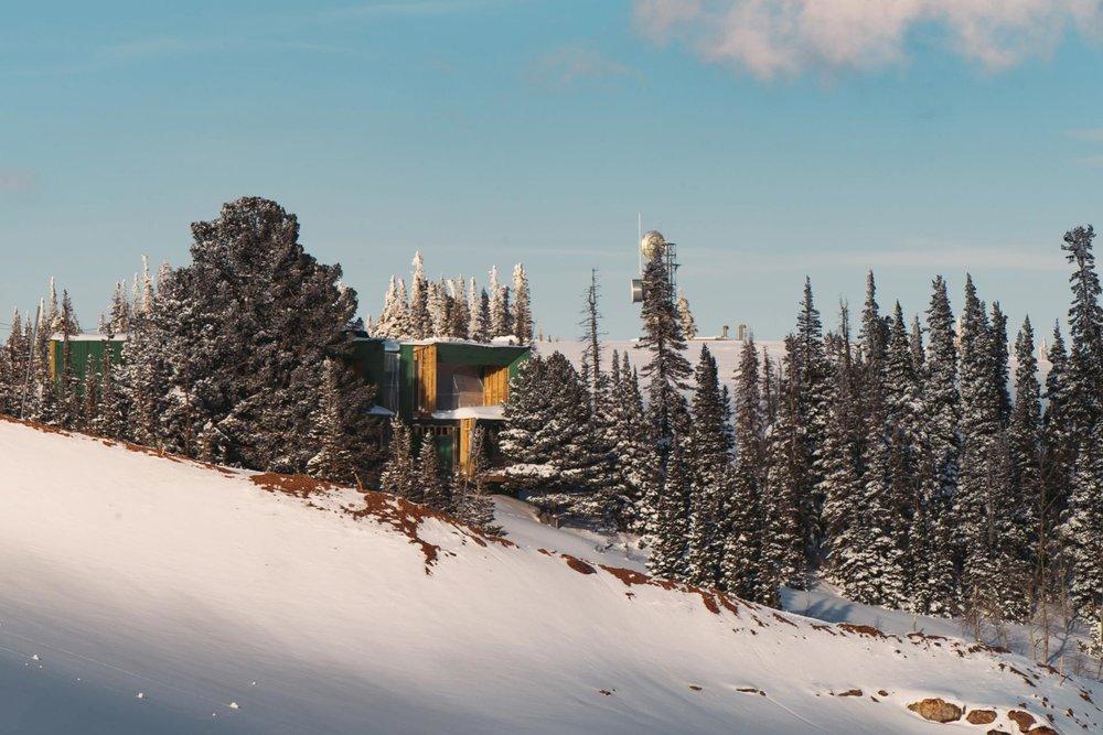 Bicuadro Architects & Benchmark Modern / Photo: Paul Bundy