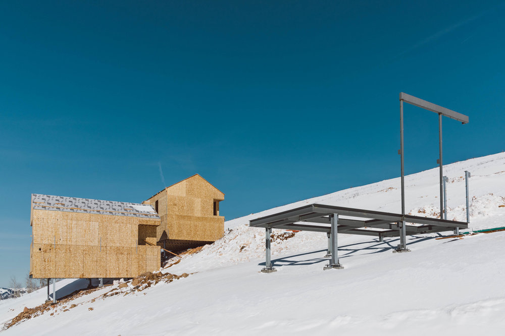 MacKay-Lyons Sweetapple Architects & Mountain Resort Builders / Photo: Paul Bundy