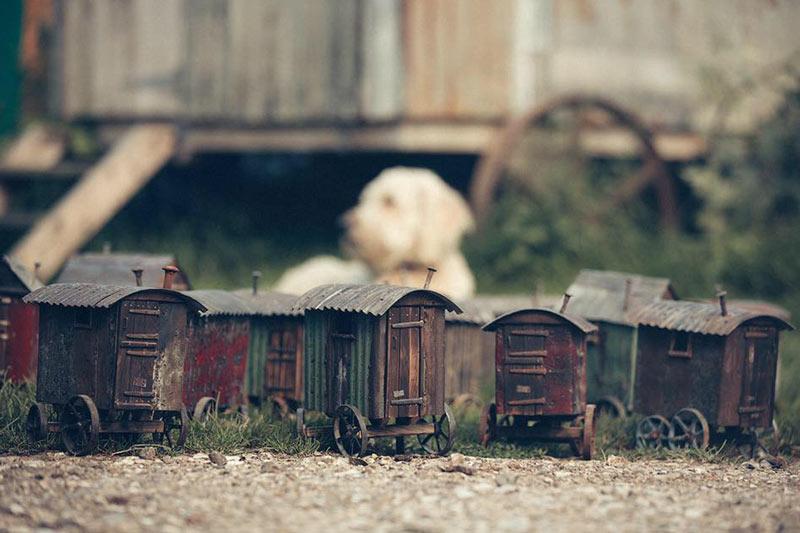 mini-huts-2.jpg