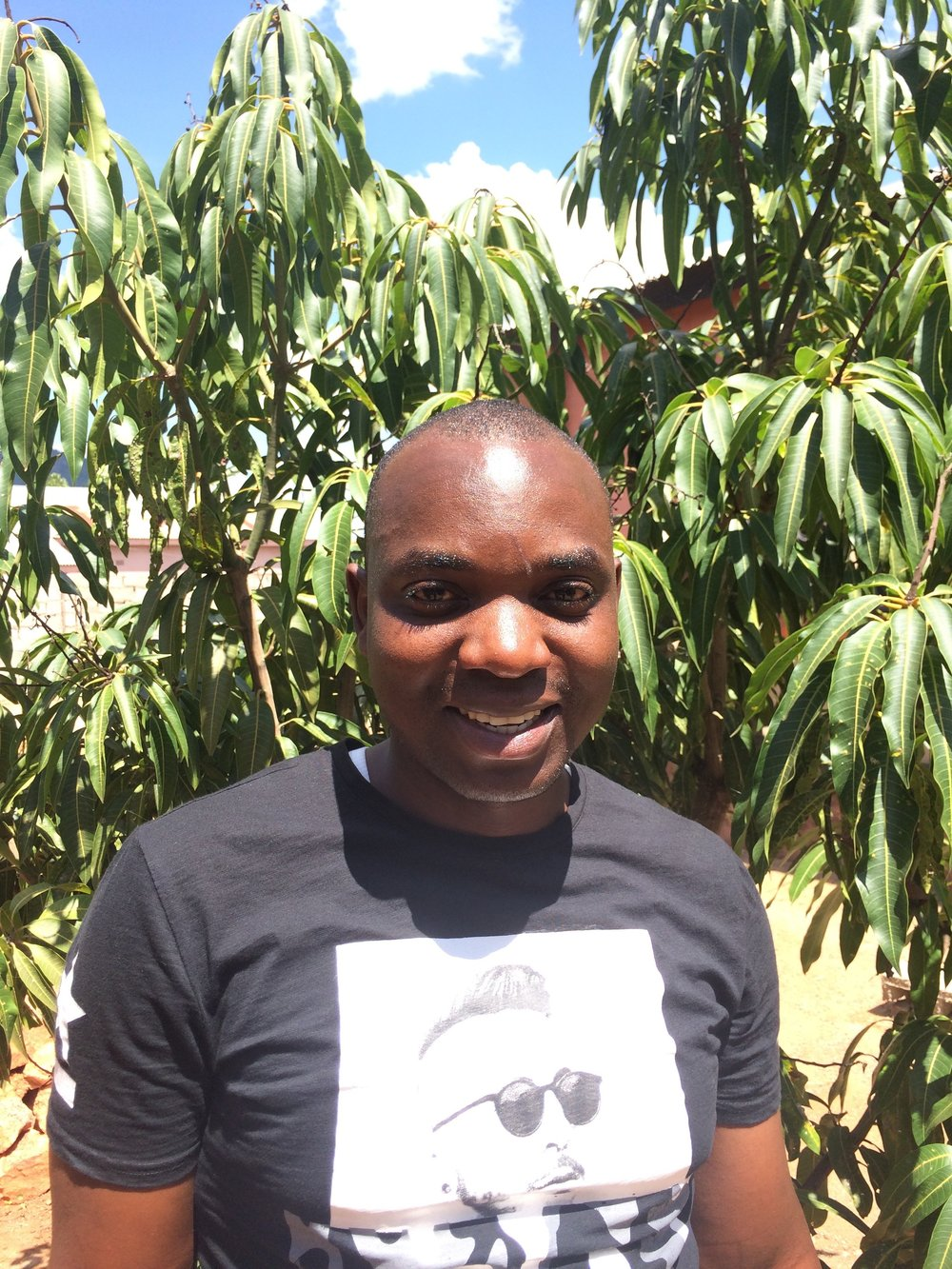 Richard Phiri, Head of Operations Sinda & Petauke   Richard Phiri is a graduate from the University of Zambia and holds a BA in Development Studies. Before joining Impact Network he worked at Katete Civic Centre and Katete Riverside Secondary School. He joined Impact Network in 2017 as the Operations Manager for Sinda and was promoted to Head of Operations for Sinda and Petauke in 2018.