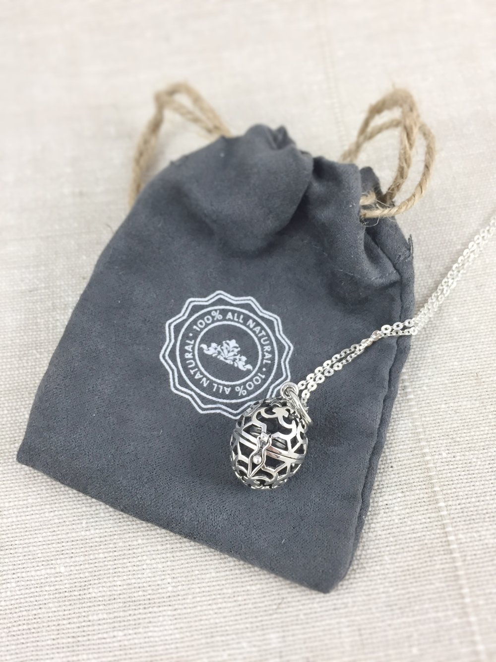 Essential Oil Necklace - A Pretty Way to Diffuse Oils