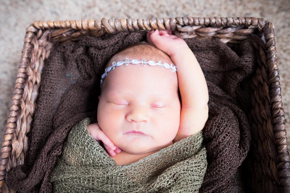 Olivia Zins Newborn-3664.jpg