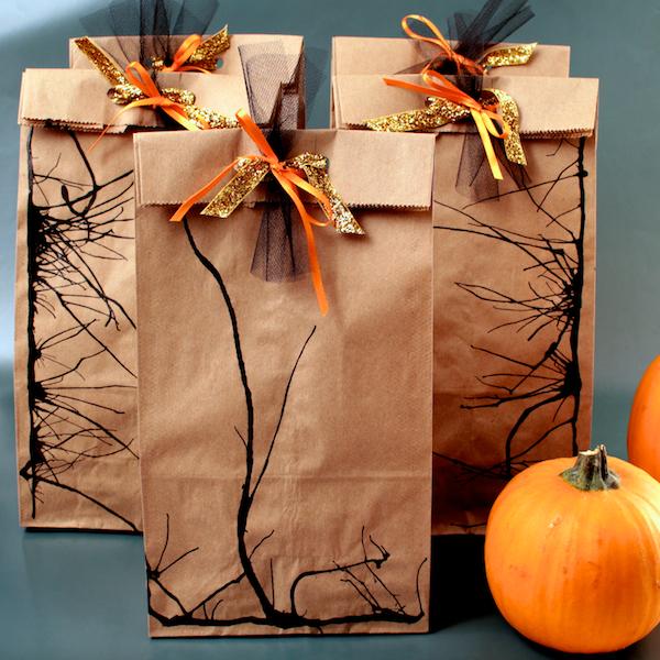 diy-halloween-loot-bags_6.jpg