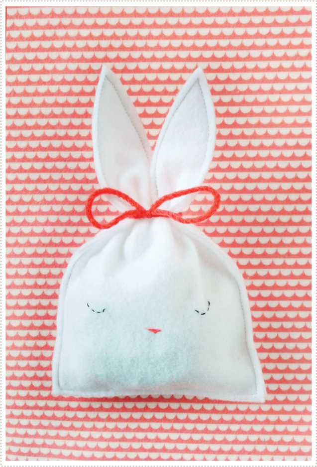 bunny_pouch-mermeg.jpg