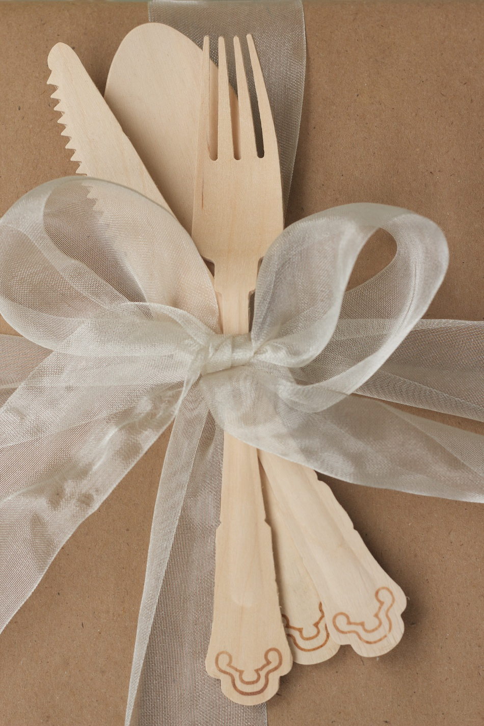 Wooden utensils gift topper