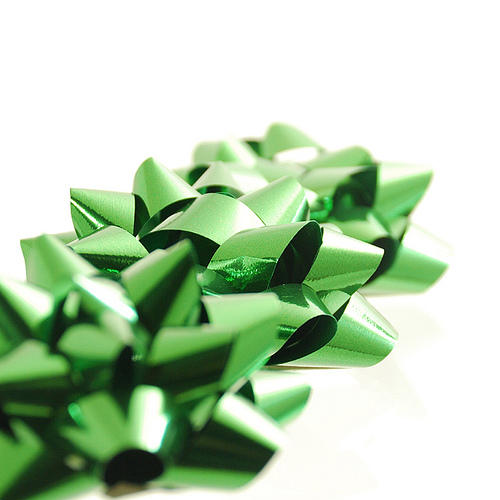 Green bows in a row by ShutterBugChef via Flickr