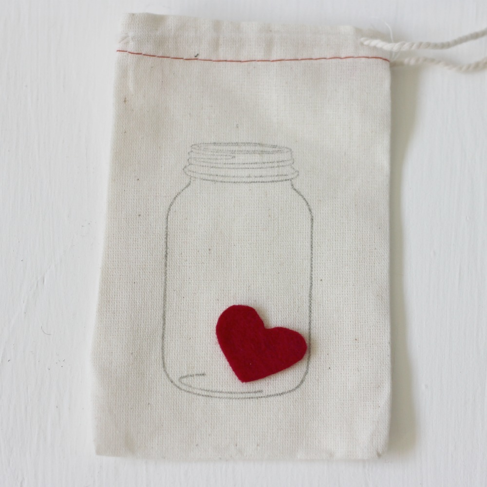 heart-in-a-jar cloth bag from We Love Citrus