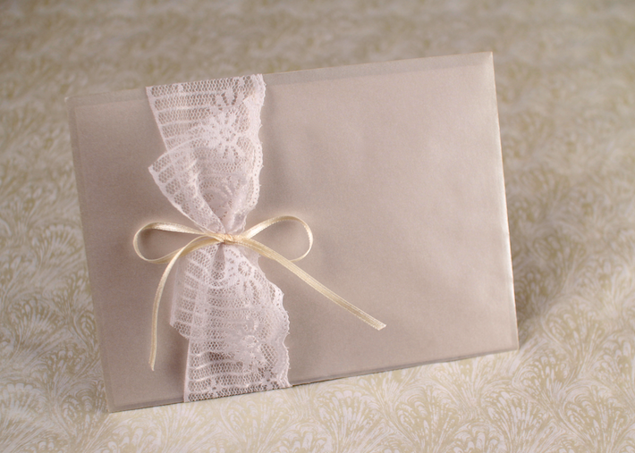Lace Envelope Band