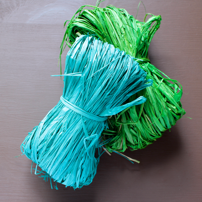 colored-raffia.png