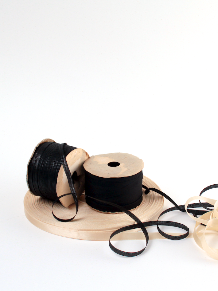 designer-fabrics-ribbons.png
