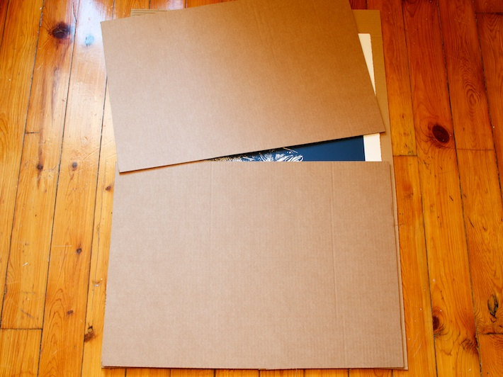 How to wrap a poster -3