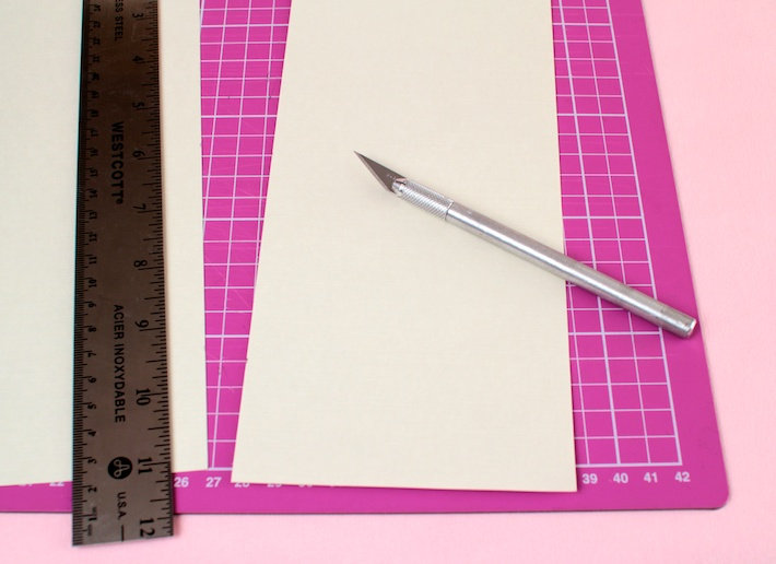 DIY peekaboo Matchbook Valentine (step 1) | CorinnaWraps.com