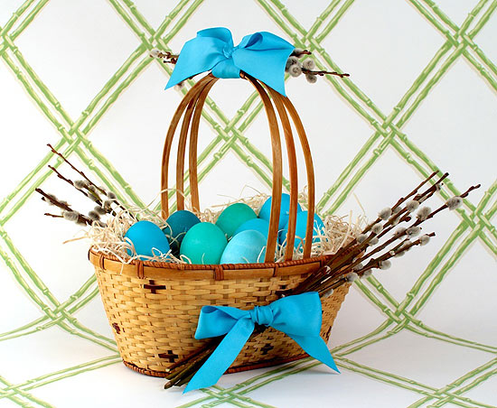 DIY Pussy Willow Easter Basket with blue ribbon and blue Easter eggs | CorinnaWraps.wordpress.com