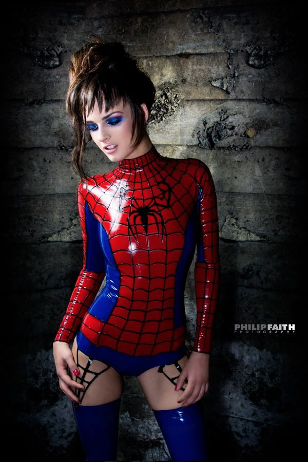 latex-spiderman-girl