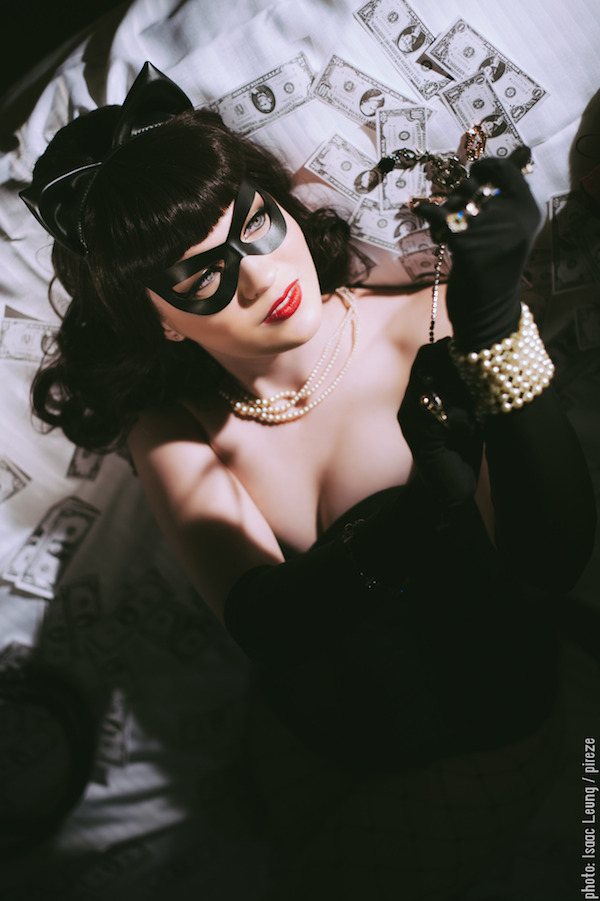 rockabilly-catwoman-cosplay-2