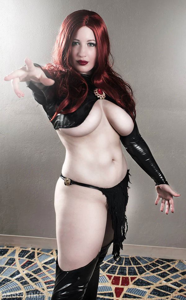Belle-Chere-as-Madelyne-Pryor-01-tn