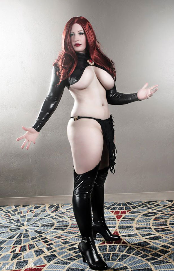 Belle-Chere-as-Madelyne-Pryor-02-tn
