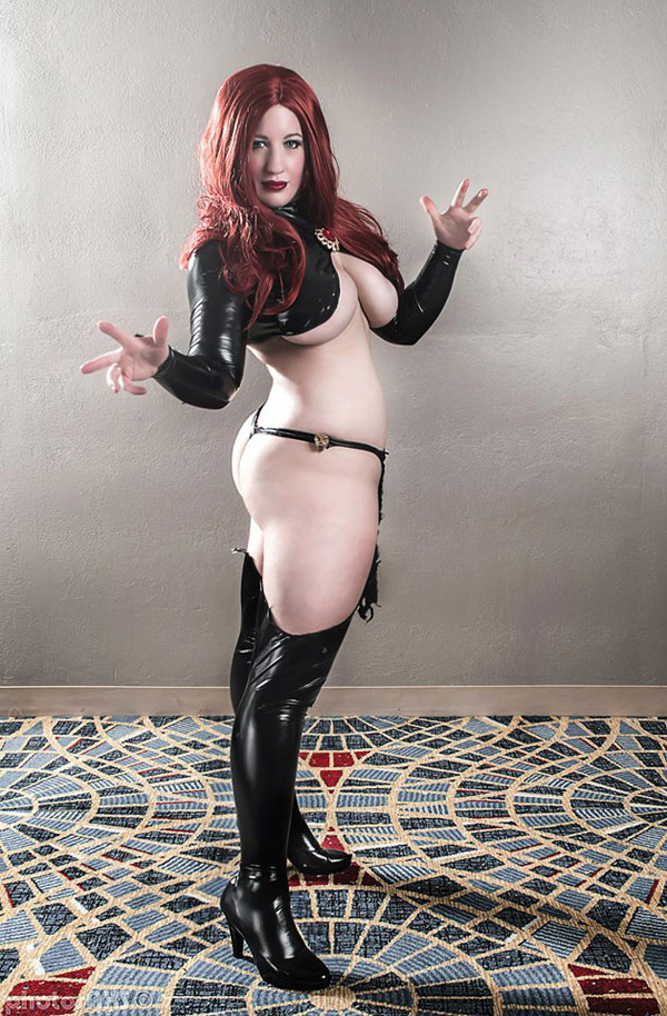 Belle-Chere-as-Madelyne-Pryor-03-tn