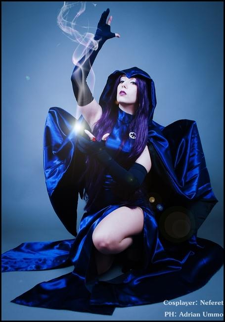 raven-cosplay-2
