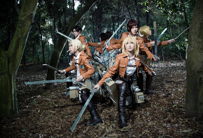 attack_on_titan_group_cosplay_02