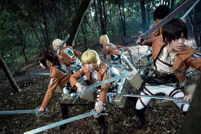 attack_on_titan_group_cosplay_03