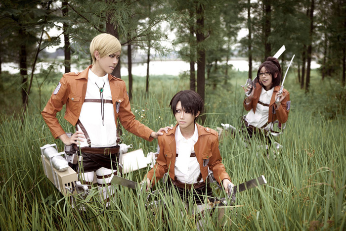 attack_on_titan_group_cosplay_06