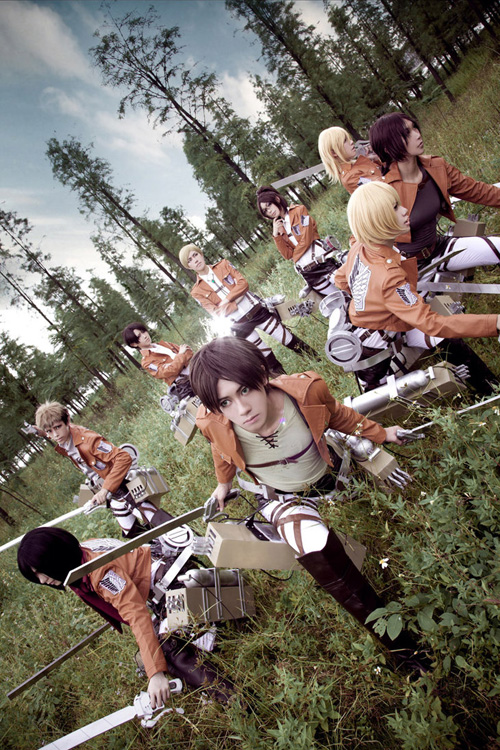 attack_on_titan_group_cosplay_09