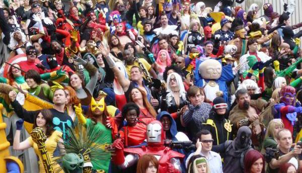 dragon-con-cosplay-crowd copy