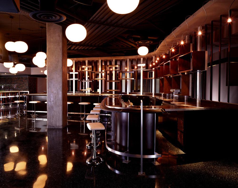 studio-saint-bars-and-restaurants-harbour-club-washington-dc-2