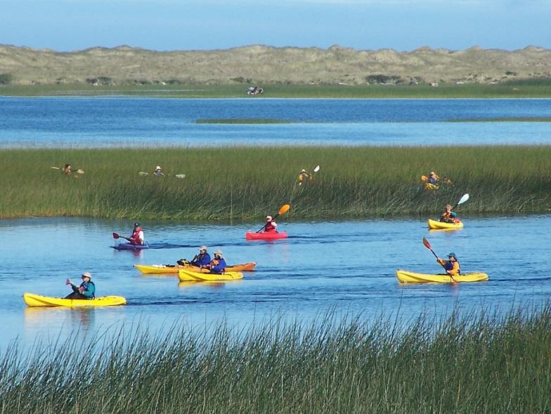 Kayaks-Lake-Tolowa-Lagoon2.jpg