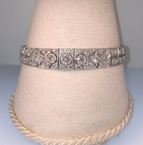 Fully restored, platinum art deco tennis bracelet, featuring 7.5 carats total weight of diamonds