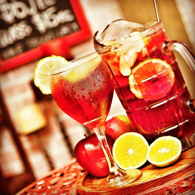 We are in Spain so there will be Sangria to enjoy. #sangria #drinks #cocktails