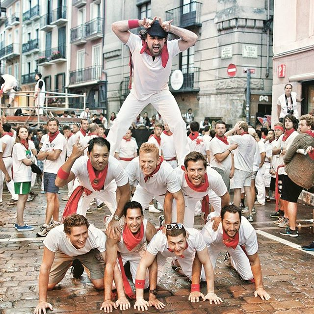 Be part of the fun at San Fermin Fiesta. Come and run with the bulls! 🐃  www.runningwiththebullsinsidertours.com  #runningofthebulls #runningwiththebulls #insidermoments #bucketlist #funtimes #party