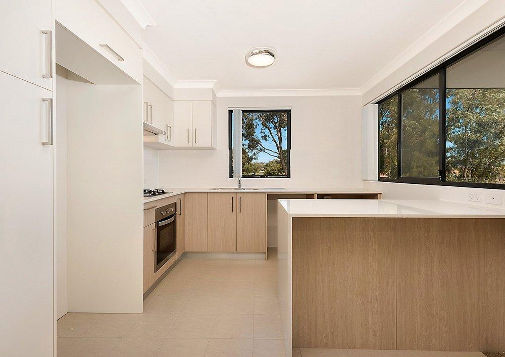 Kitchen 2x1.jpg