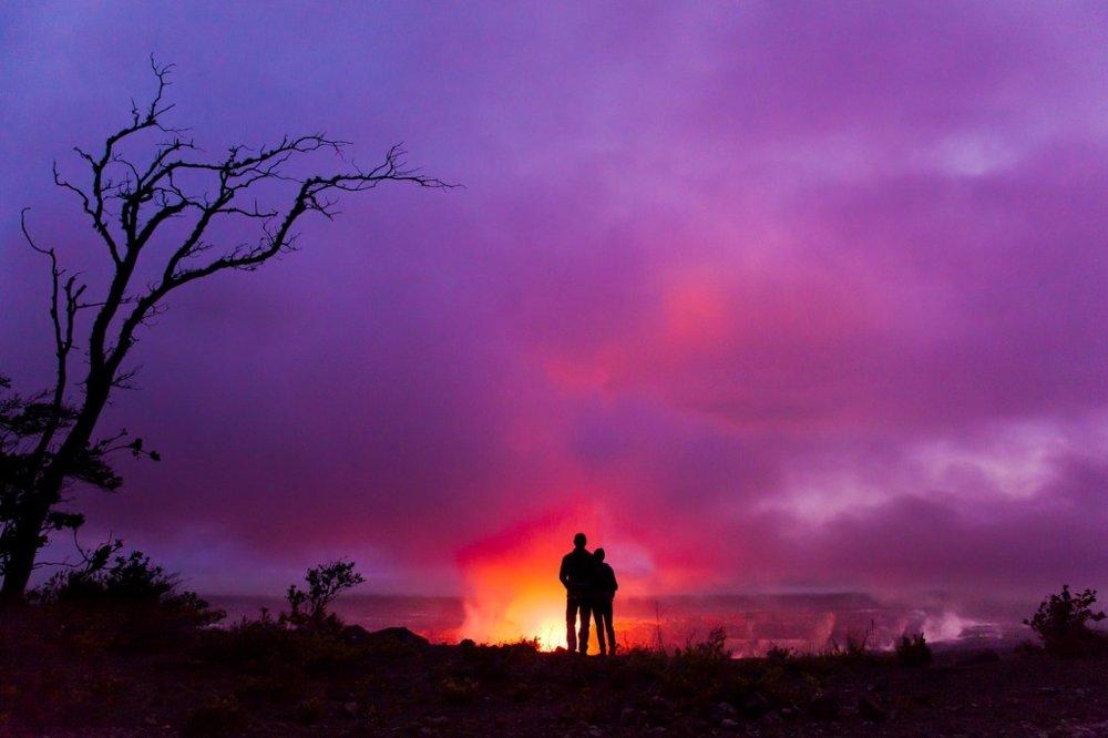 couple_lava_Hawaii_HVCB.jpg