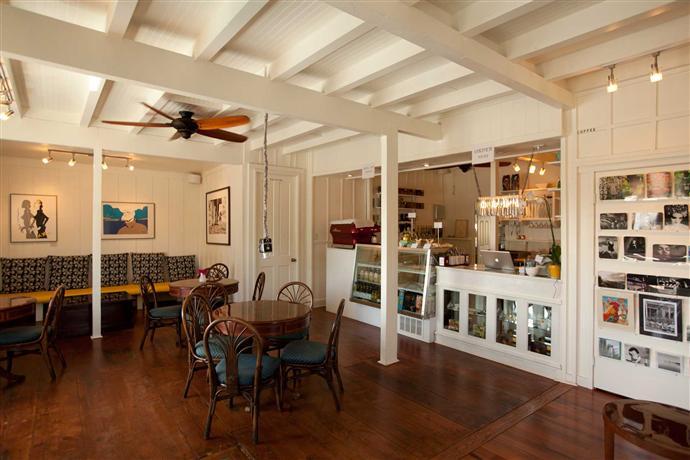 Art-Cafe-Hemingway.jpeg