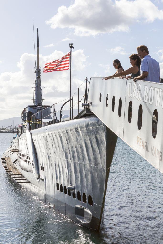 HTA-Pearl-Harbor-boat.jpg