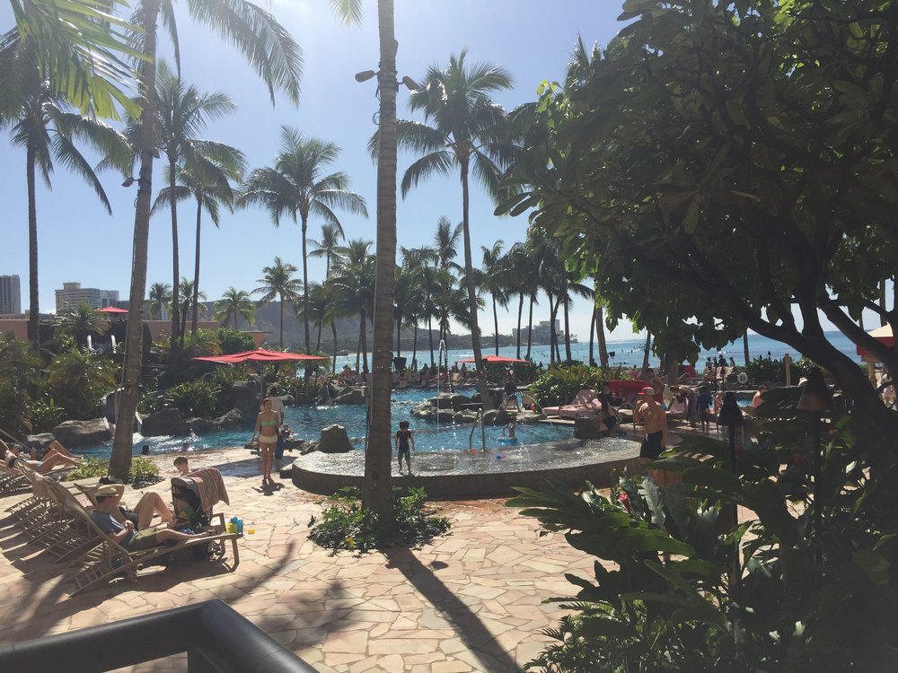 Royal Hawaiian Sheraton Oahu Waikiki pool.jpg