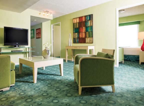Coconut Hotel suite.png