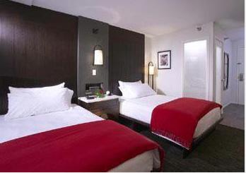 Hotel Renew Guestroom Waikiki .png