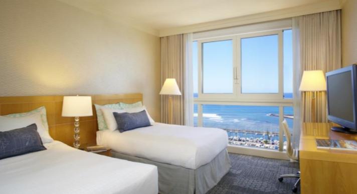 Hawaii Prince Waikiki Resorts2.png